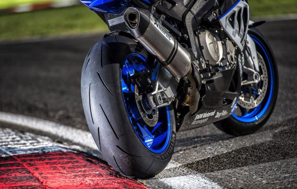 Riparazione pneumatici moto